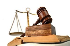 Thủ tục xét xử tại phiên tòa giám đốc thẩm được thưc hiện như thế nào?